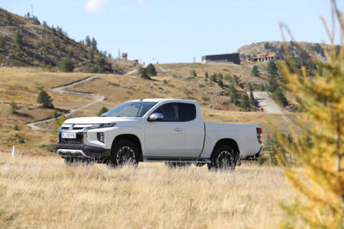 mitsubishi L200 club cab awd 2020 photo laurent sanson-08