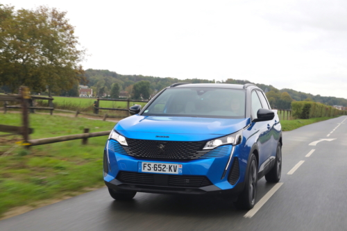 peugeot 3008 2 phase 2 hybrid 225 gt black pack 2021 photo laurent sanson-01 (1) (1)