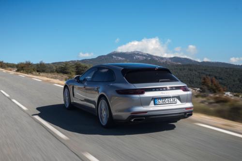 porsche panamera sport turismo e-hybrid 2018-19